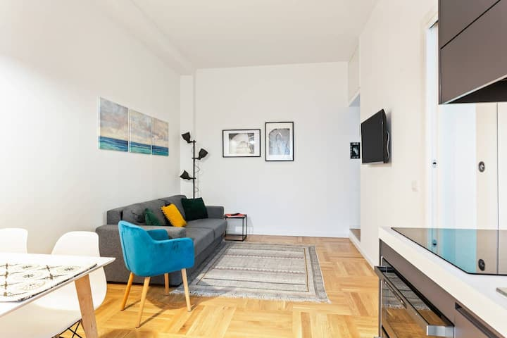 Easylife - Design and new flat in Navigli district