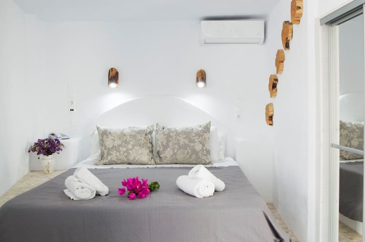Petite Double with terrace close to Mykonos.