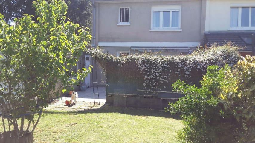 Maison avec jardin proche centre
