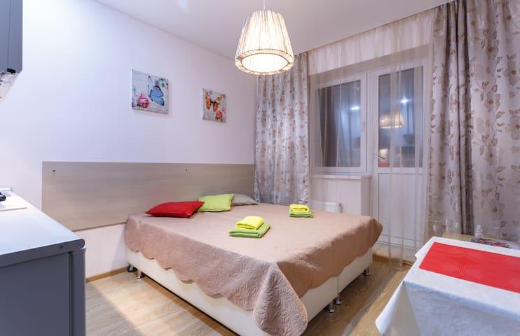 Стильная квартира-студия с балконом - Khimki - Appartement