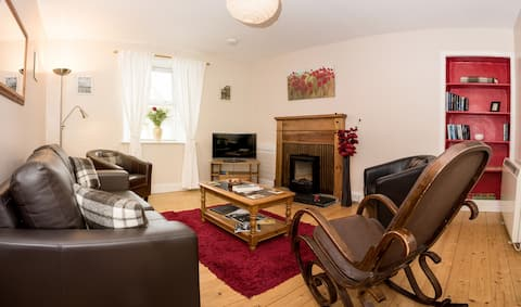Hansel Cottage- a cosy cottage in quiet location