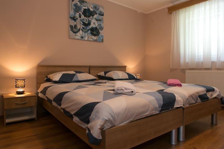 Room Filip 2 -Otočac