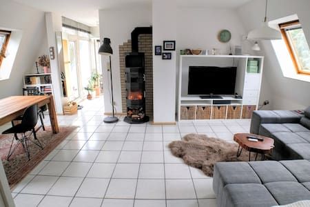 Cosy Flat with fireplace - Berlin