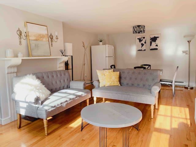 ➭➭【Beacon Hill】Lux & Spacious Duplex in Quiet Area