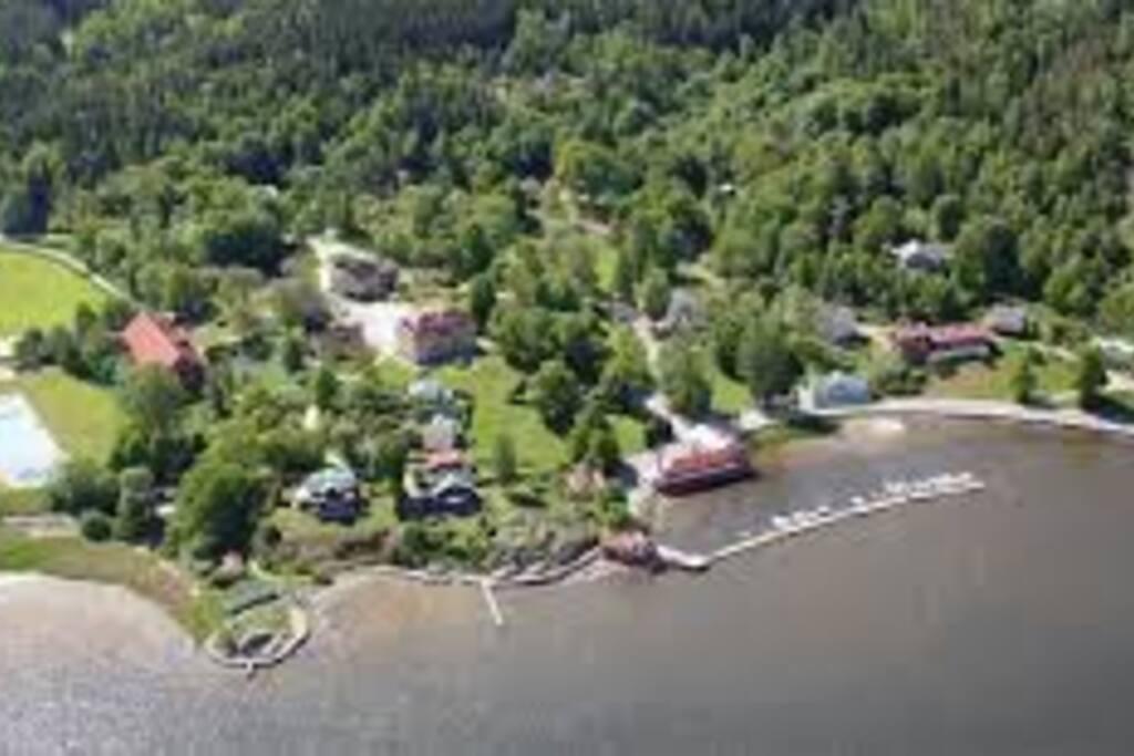 Flygfoto över gästområdet på Gustafsberg