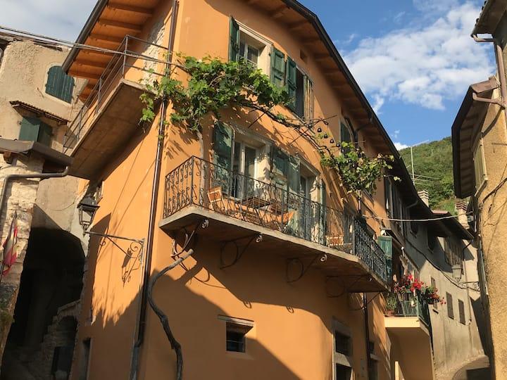 Casa Castelletto - Centro Storico mit Seeblick