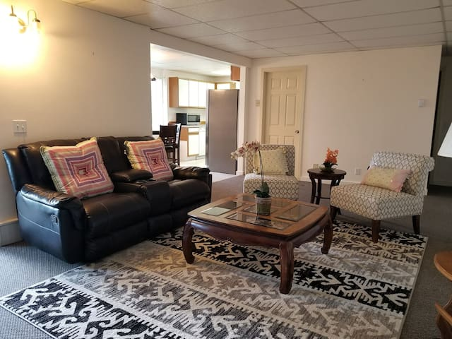 Awesome Hood Canal Apartment B