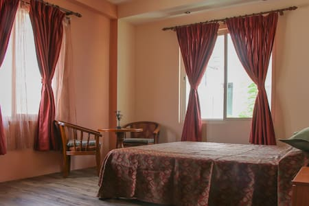 Green Hill Villa - A Perfect Holiday Hub in Nepal - Nagarjun - Vila