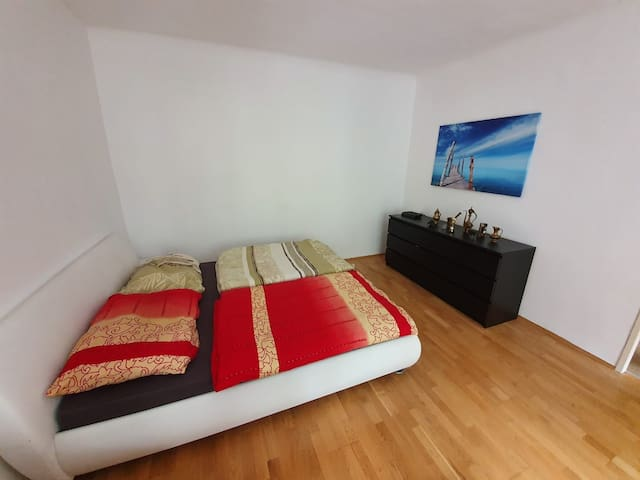 Cozy and clean 45m2 apartment.Saubere 45m2 Wohnung
