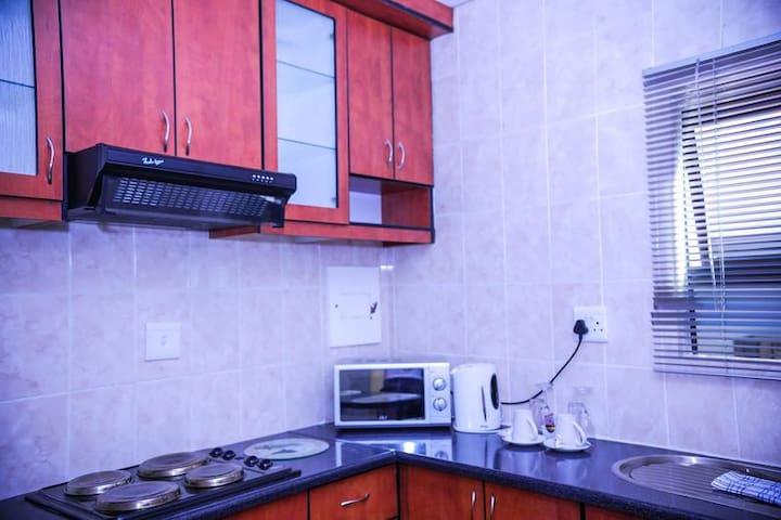 MMAKOSHA LODGE - Honeymoon suite (VIP cottage)