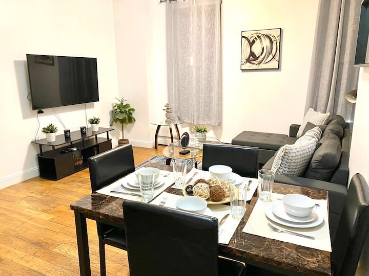 5 BEDS IN MEATPACKING. BEST LOCATION NYC
