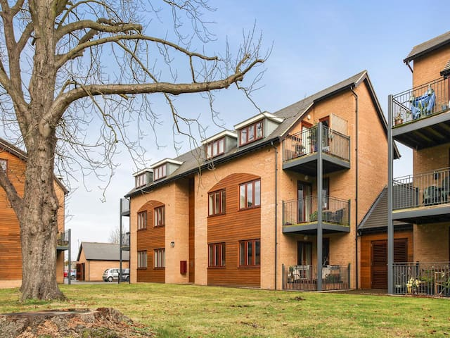 Great Shelford - 4 miles from Cambridge - Great Shelford - Apartment