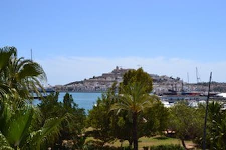 FIRST LINE - OLD TOWN VIEW - Eivissa - Lejlighed