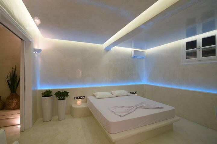 'illusory' bedroom