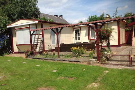 Prachtige chalet in Groesbeek - Groesbeek - Almhütte