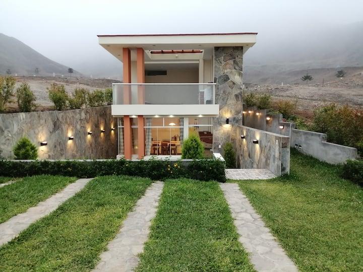 Casa de Campo c/ terrazabar dentro de Club Calango