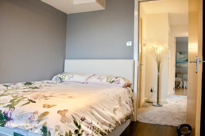 Modern Apartment in Edinburgh!
