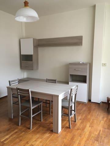 Grande appartamento centrale