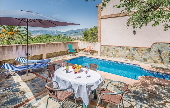 Stunning home in Montecorto, Málaga with WiFi and 2 Bedrooms