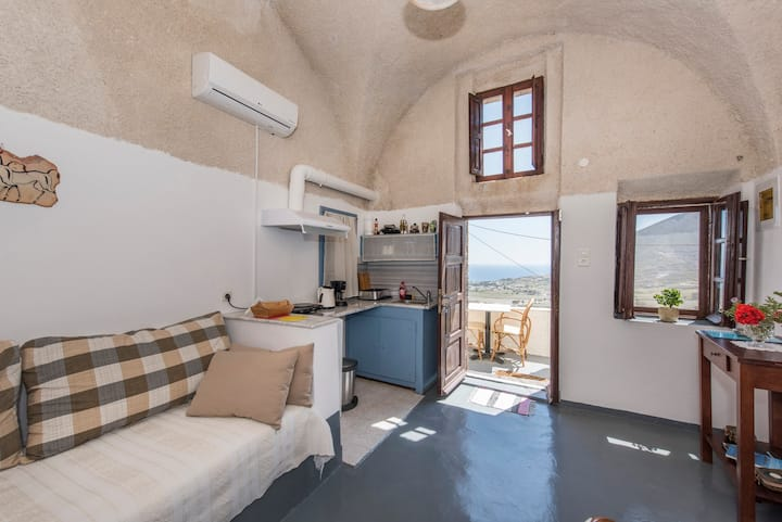 One bedroom cave house with Sea view