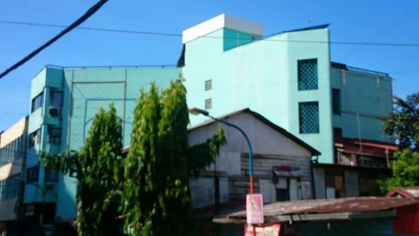 A safe place in the University belt - Manila - Dorm
