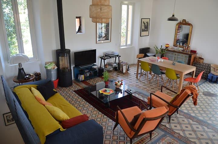 Villa de 160 m2 avec grand jardin dans Marseille.
