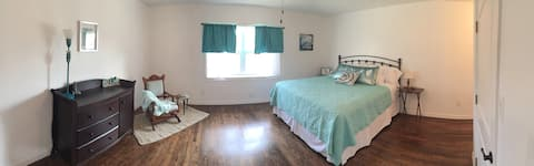 Charming  Country Home 4BR sleeps 12+