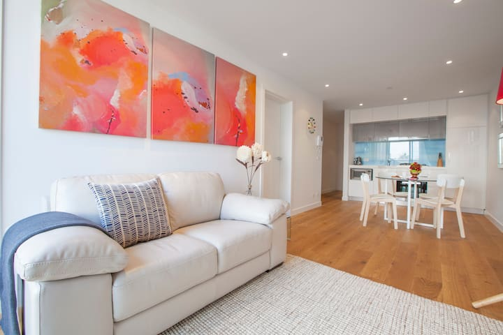 Sea Breeze Apartment right by the Foreshore - Port Melbourne - Apartment