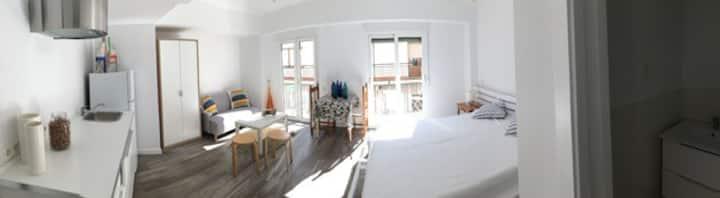 Sunny modern studio w.WIFI in Javea´s Old Town