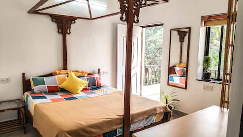 Cozy serviced APT in Siolim WFH/Staycation/Couples
