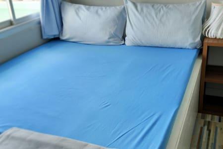 Hi Friends Hostel —Big bed room - 曼谷