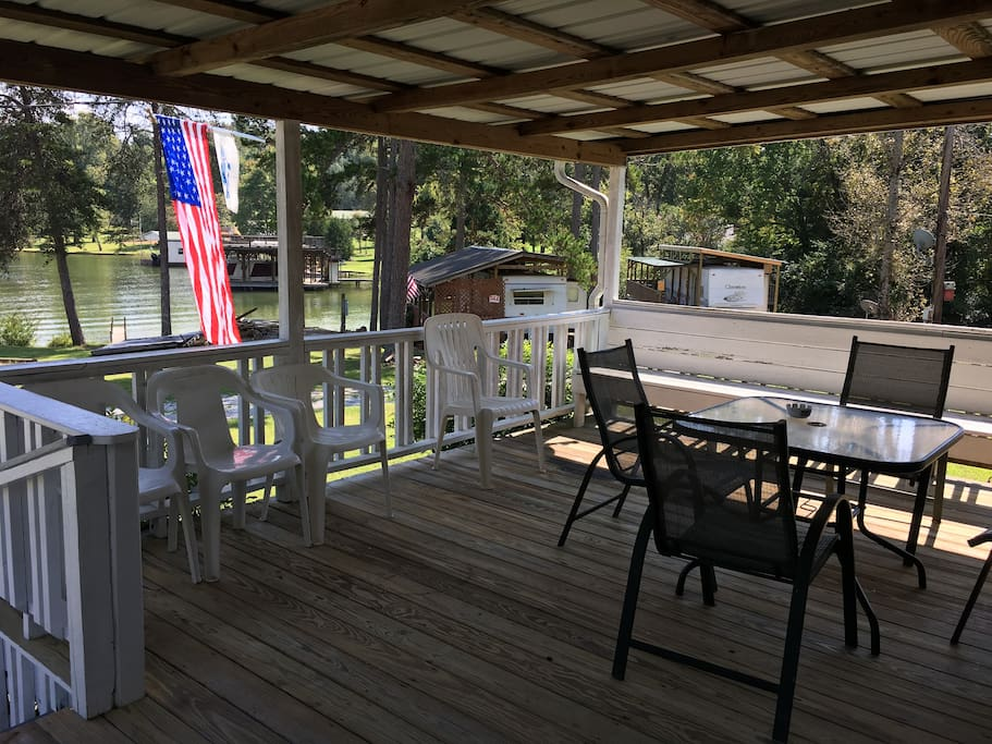 There is a large front porch with water views.