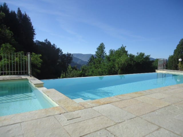 Country home with private pool. - Gromignana - Casa