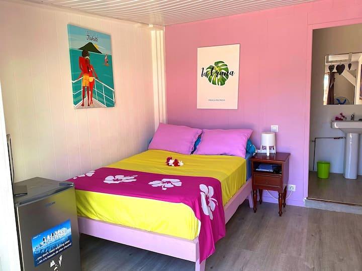 MOOREA - Teanuanua Room and pool - 3 pax