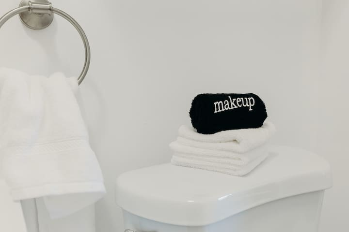 Everything you need to wash up and get comfortable.