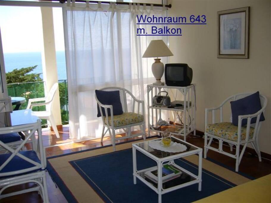 Wohnecke mit SAT-TV, W-Lan
