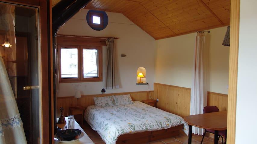 Con cama doble