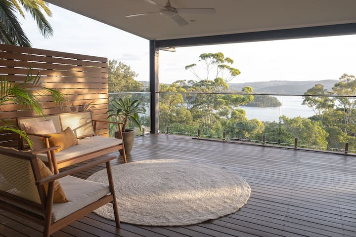 Overlooking the lake, Idler's Hill North Narrabeen