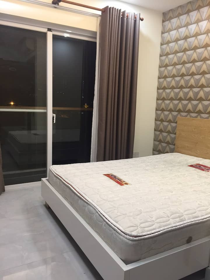 Private rooms for rent in Phu My Hung