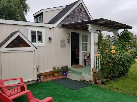 Lavender fairie dust Cottage-Tiny House