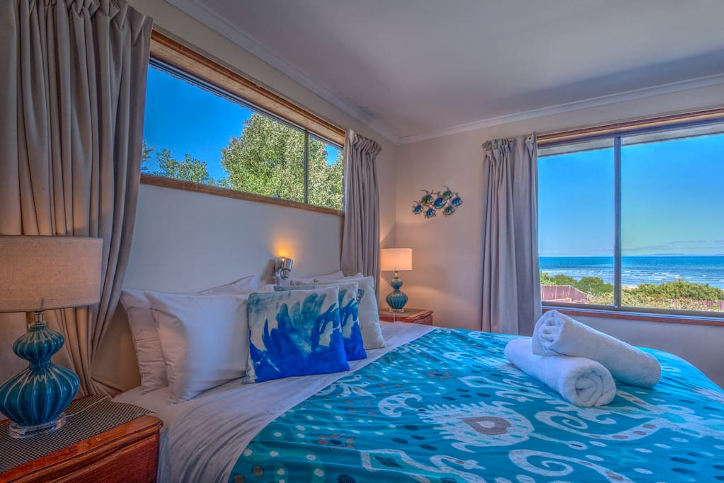 Ocean views form the main bedroom, wake up to the sound of the waves.