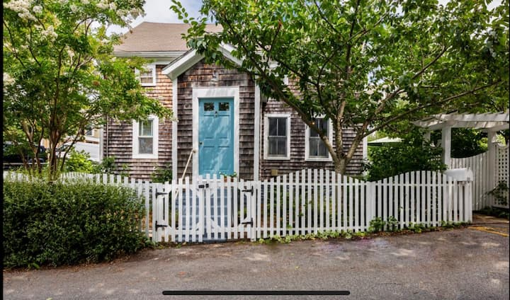 #143: 5 Min. Walk to Water/Town, Historic District, 2 Parking Spaces, Gas Fireplace, Private Patio & Yard, & A/C!