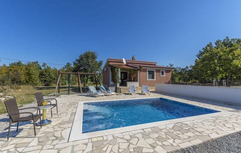 Holiday house/full privacy/private pool