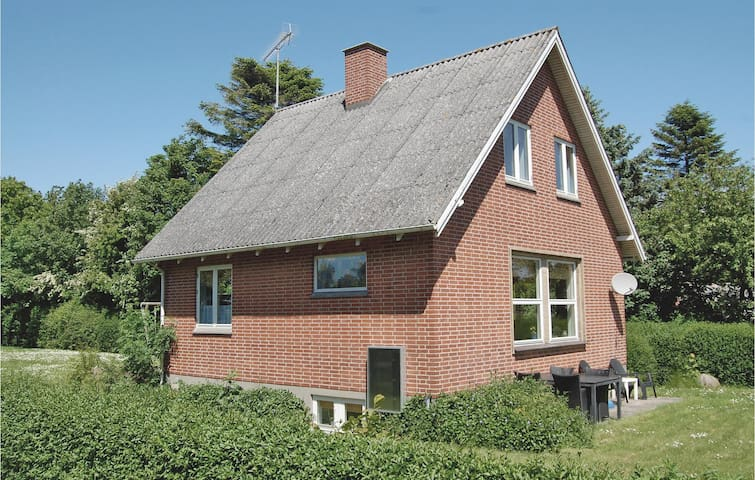 Holiday cottage with 3 bedrooms on 149m² in Rudkøbing
