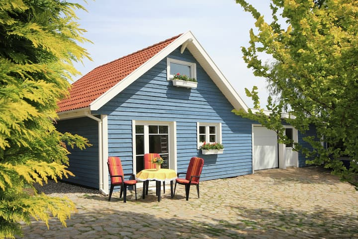 Modern Holiday Home in Steffenshagen with Terrace