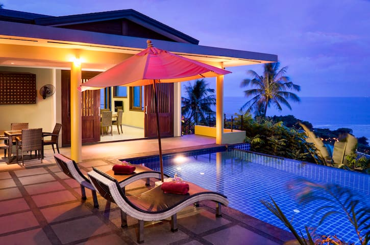 Panoramic Ocean View 1-Bed Villa with Private Pool
