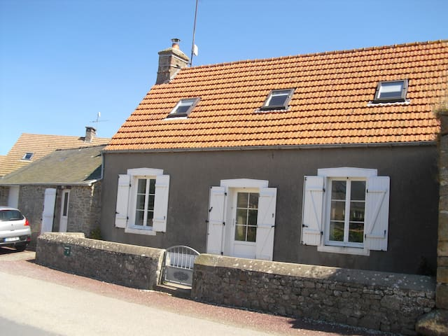 maison proche de la mer entre Cherbourg & Barfleur - Réthoville - Dom