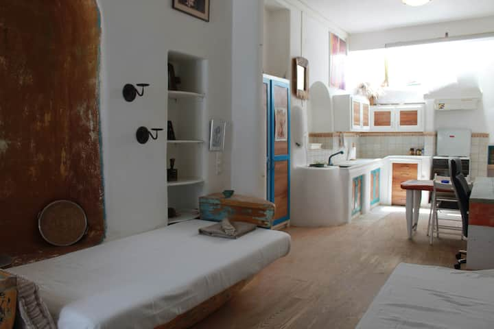 perfect cental town apartment