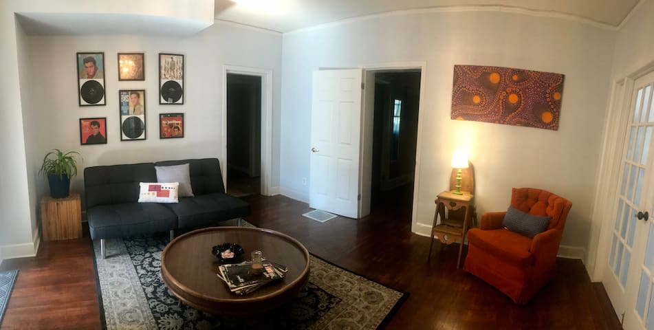 Chattanooga Record House Hostel // Dorm Bunk 1