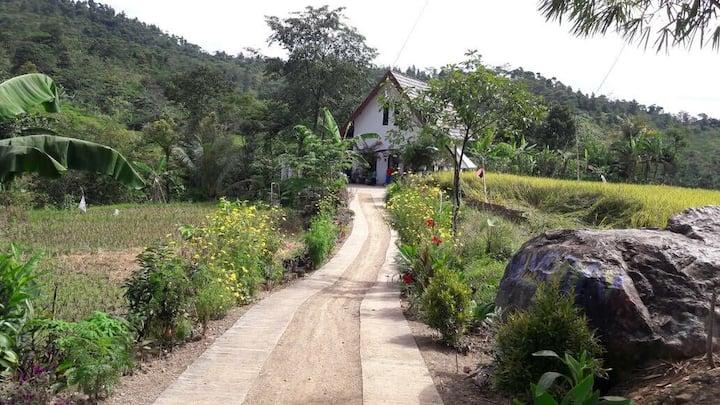 RiverSide Villa-Rumah Sawah Sentul
